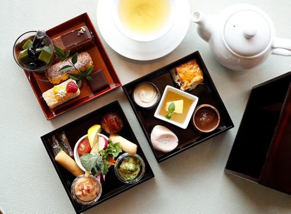 東京 アフタヌーンティ おすすめ パレスホテル東京 ラウンジバー プリヴェ