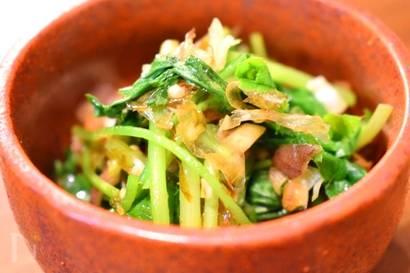 おつまみレシピで休日を満喫する 和食 おつまみ 三つ葉とミョウガのおかか和え