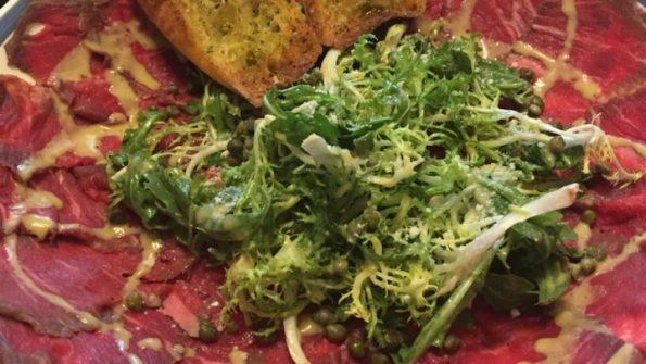 おつまみレシピで休日を満喫する 肉のカルパッチョ