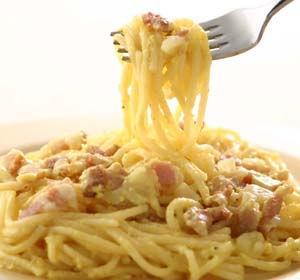 イカリスーパーのレトルト食品 いかり 冷凍スパゲティ  カルボナーラ
